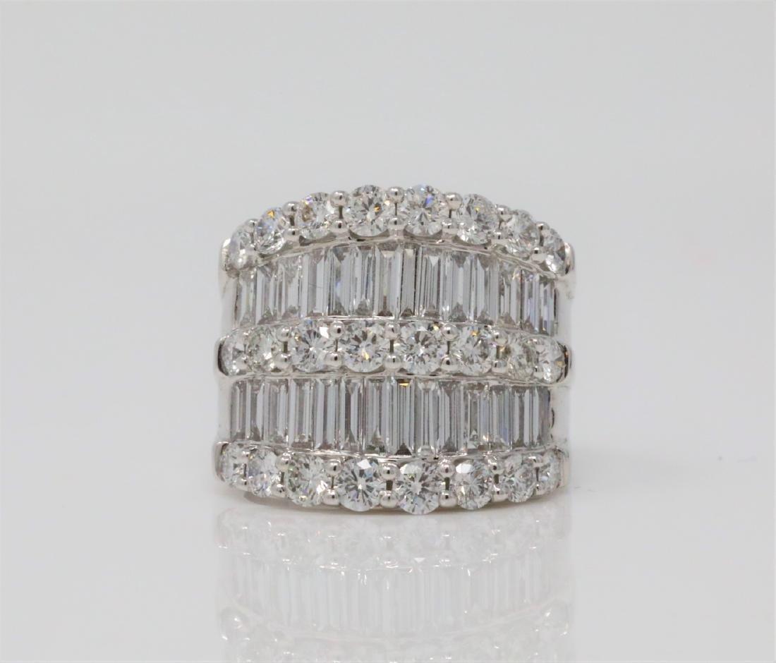 4.30ctw VS2-SI1/G-H Diamond & 18K 19mm Wide Ring