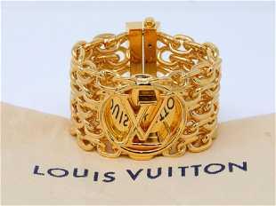 d80d3d1bf839 Louis Vuitton Louise Cuff Bracelet W Dust Cover