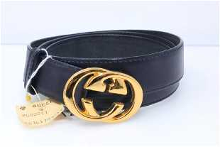 a4cb054f3ce Gucci 1980s GG Logo Reversible Tan Black Leather Belt