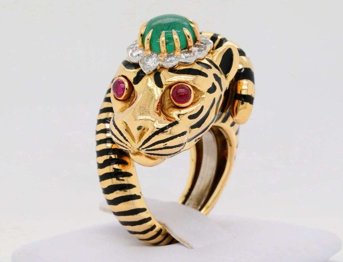 David Webb 2.00ct Emerald, Diamond 18K Tiger Ring