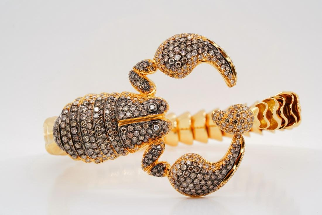 Roberto Coin 4.80ctw Diamond 18K Scorpion Bangle