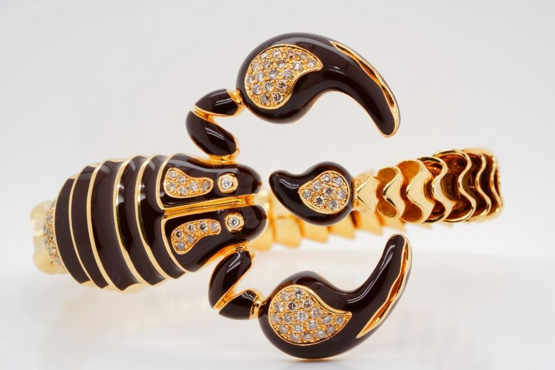 Roberto Coin 1.00ctw Diamond 18K Scorpion Bangle