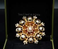 Van Cleef & Arpels 10.50ctw Diamond 18K Brooch