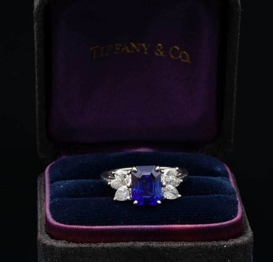 Tiffany & Co. 2.50ct Blue Sapphire & Diamond Ring