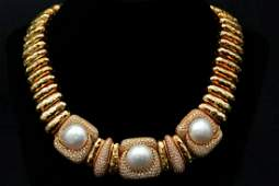 Henry Dunay 15mm16mm Pearl  700ctw Diamond Necklace