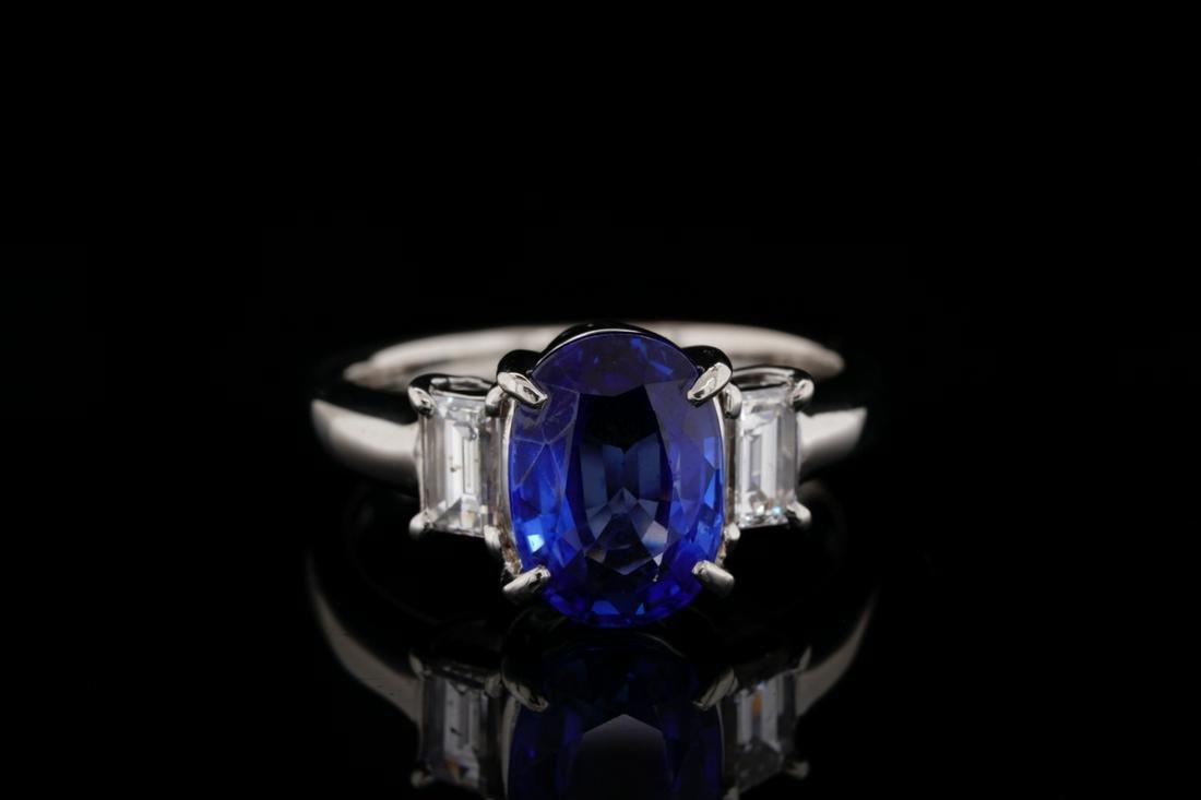 3.05ct Blue Sapphire, 0.55ctw Diamond Platinum Ring