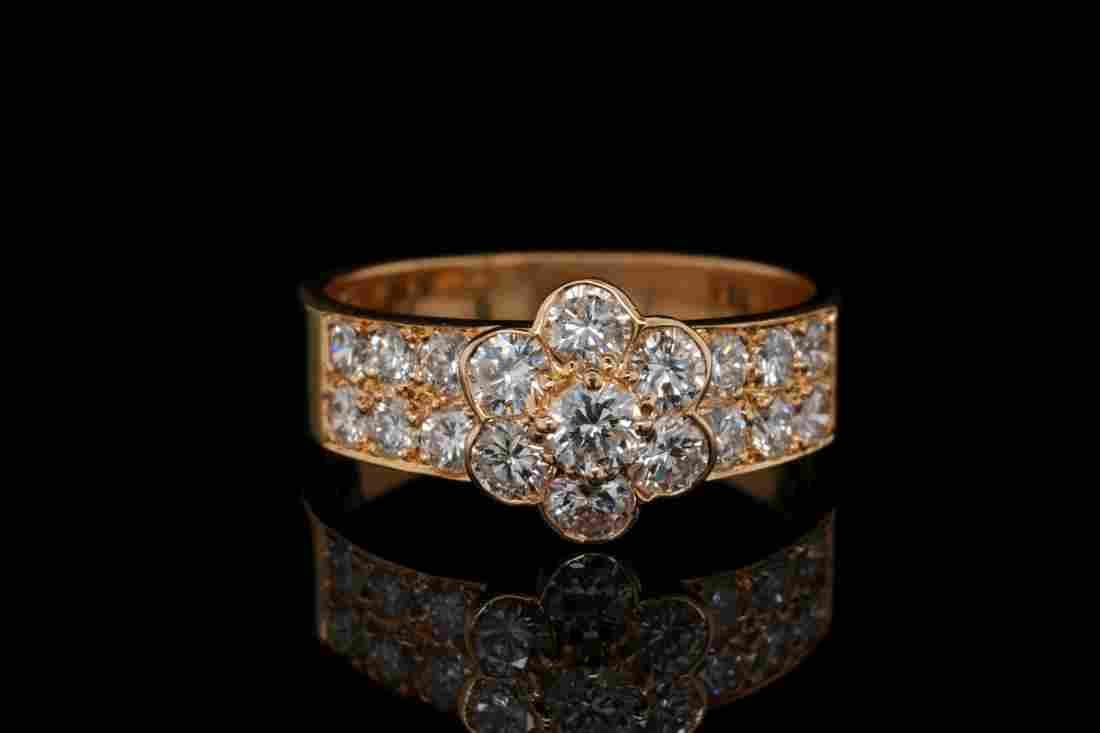 Van Cleef & Arpels 1.12ctw Diamond 18K Fleurette Ring