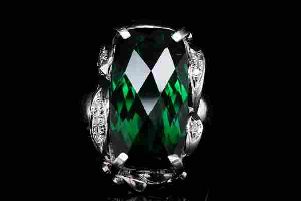 10.60ct Green Tourmaline & Platinum Ring W/Diamonds