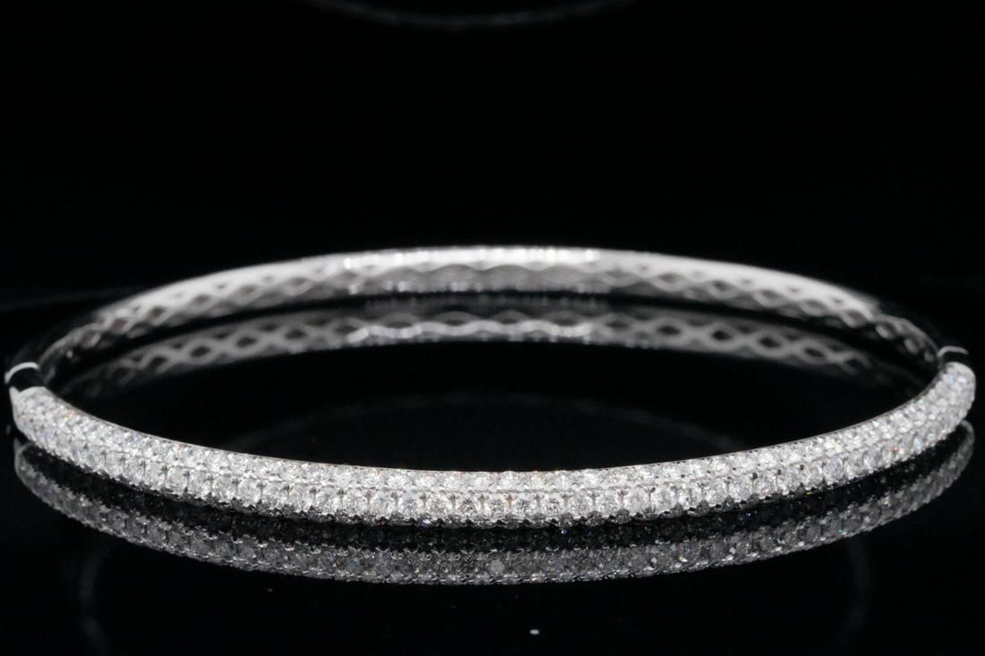 Odelia 2.00ctw VS2-SI1/G-H Diamond and 18K Bangle