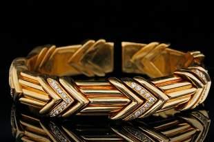 Acciaio Foro 0.70ctw VS1-VS2/G-H Diamond 18K Bangle