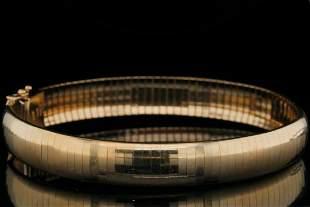 """Italian Solid 14K Yellow Gold 8"""" Omega Bracelet"""