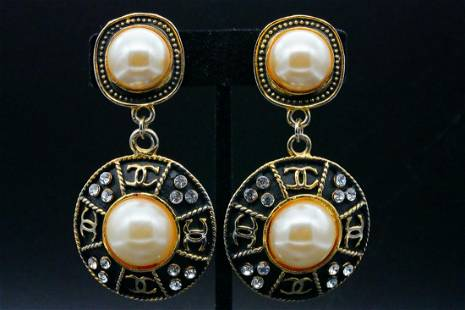 Chanel Glass Pearl and Crystal Gold Tone Ear Clips