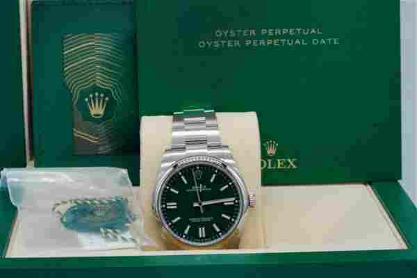 Rolex Oyster Perpetual 41mm Watch W/Anniv Green Dial