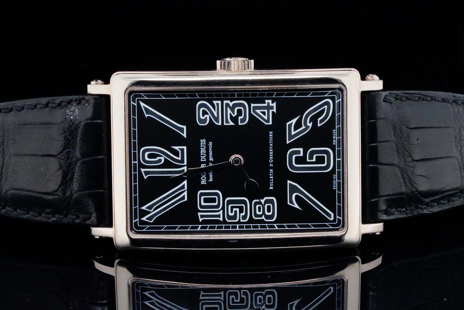Roger Dubuis Bulletin D'Observatoire 18K Watch #01/28