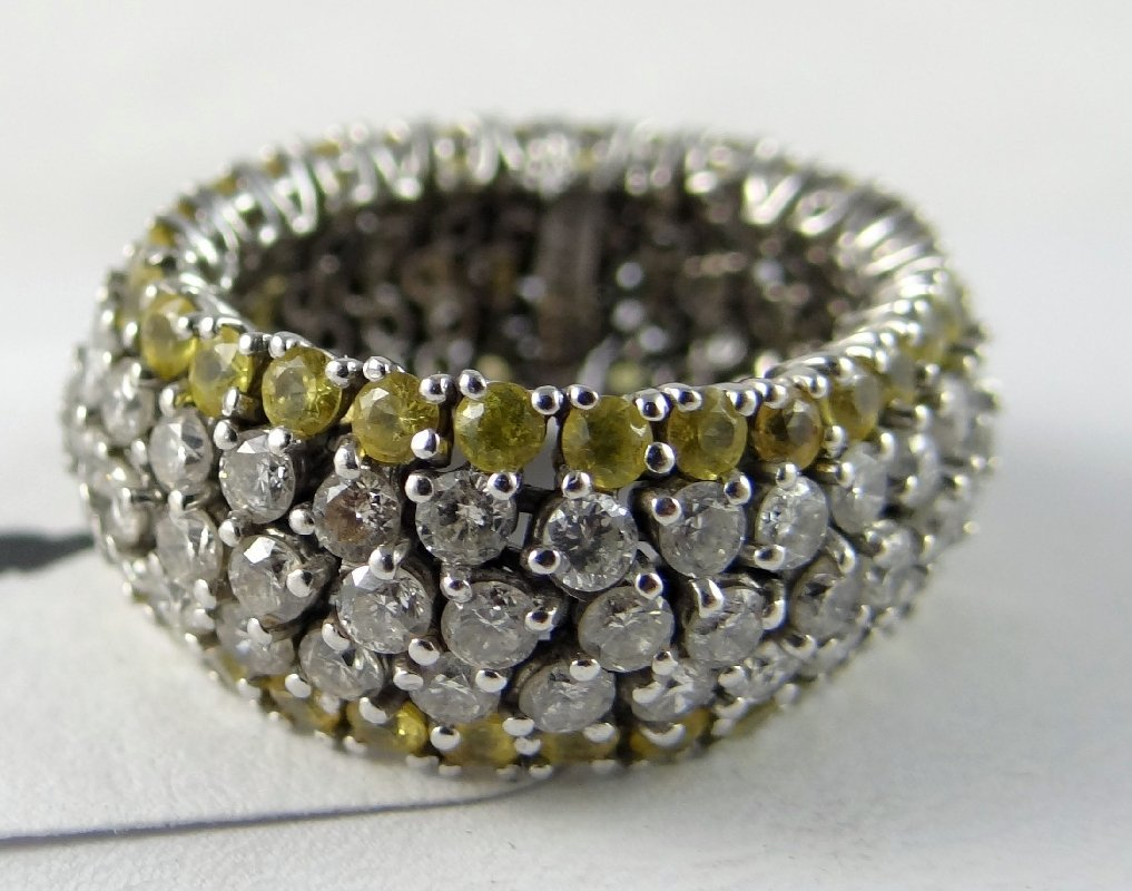 """8C: 18K Gold White & Yellow Diamond""""Flexi-Ring"""" (9.8G)"""