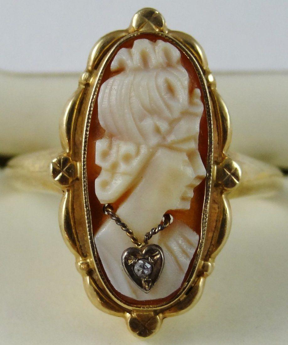 15E: 10K Yellow Gold Cameo Ring W/Diamond