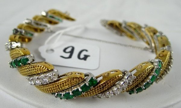 9G: 18K & Platinum Diamond/Emerald Bracelet