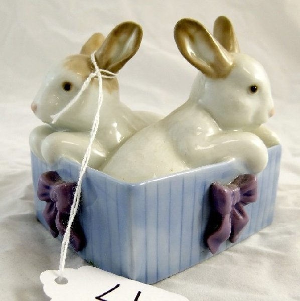 4: 1988 NAO By Lladro Bunny Surprise Figurine