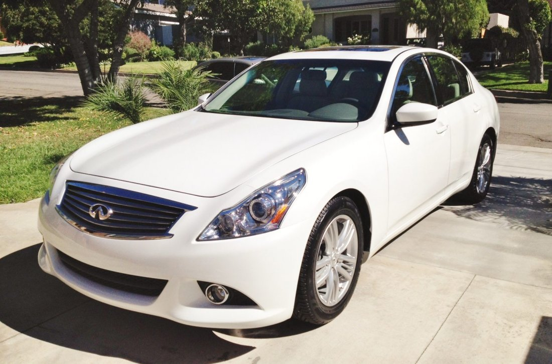 1A: 2011 INFINITI G37 ONLY 500 MILES