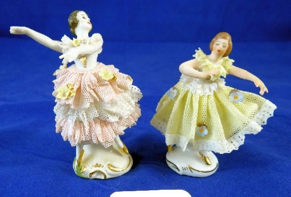 5: (2) Dresden Miniatures W/Gold Accents