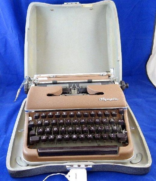 Vintage Olympia Werke De Luxe Typewriter