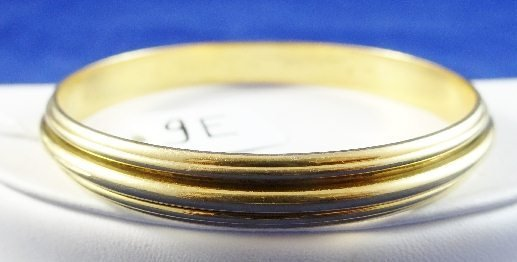 "9E: Piaget 18K ""Gold Circle"" Bangle Bracelet"