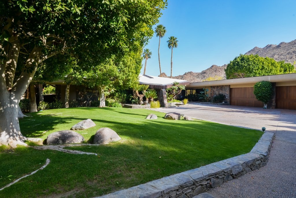 4B/5B Private Estate in Prestigious Ironwood CC