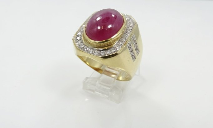 Vintage Men's Solid 18K Yellow Gold Ring W/8.00CT Ruby