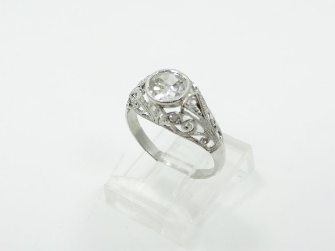 1.05CT Mine-Cut Diamond in Platinum Filigree Band
