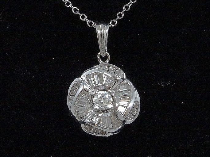 "1.75ctw VS/F-H Diamond Pendant & 18K 16"" Necklace - 2"