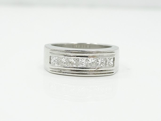 1.25CTW VS/F-G Diamond & Platinum Men's Ring - 4