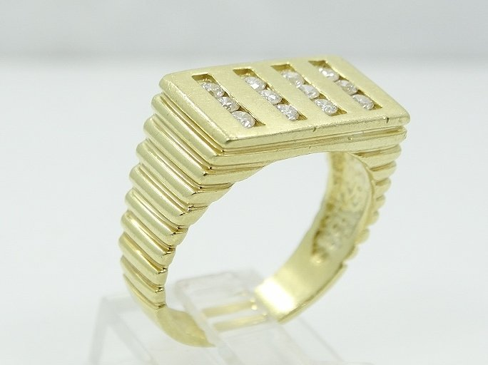 18K Men's Ring W/.60ctw SI1/G Diamonds Sz. 10 - 3