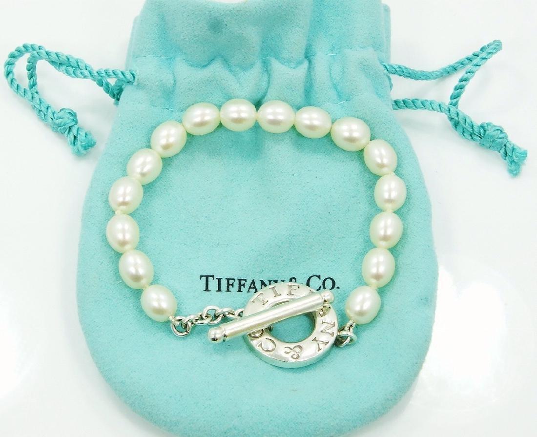 Tiffany & Co. Freshwater Pearl Toggle Bracelet