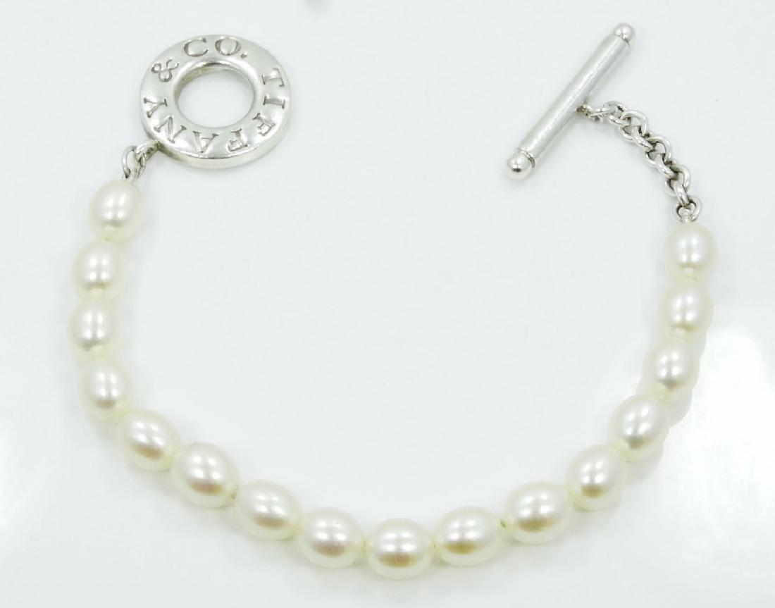 Tiffany & Co. Freshwater Pearl Toggle Bracelet - 4