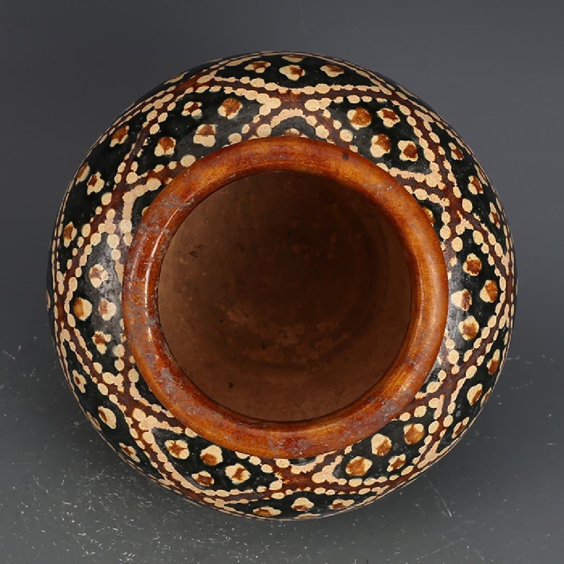 A Beautiful Tangsancai Jar - 5