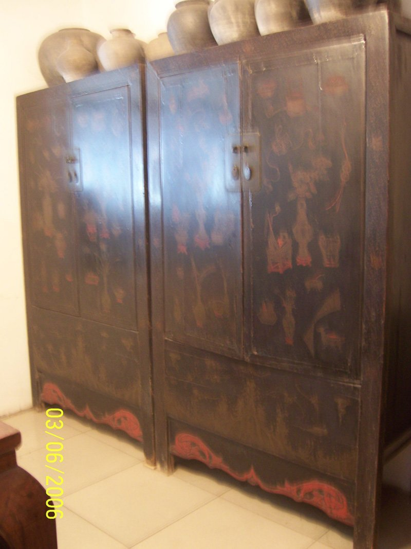 4: One Pair Antique Big Cabinets