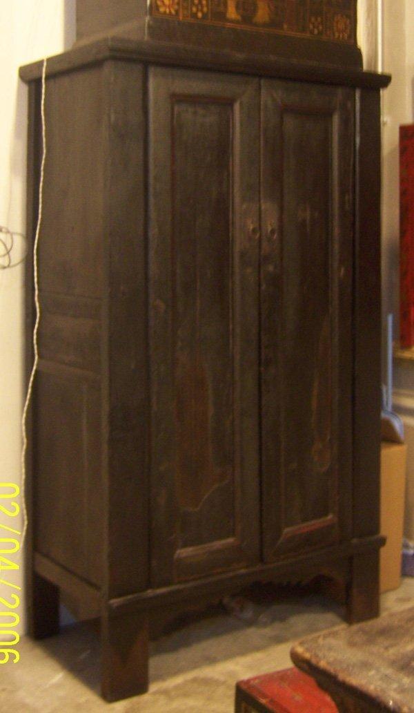 7: Antique big Cabinet