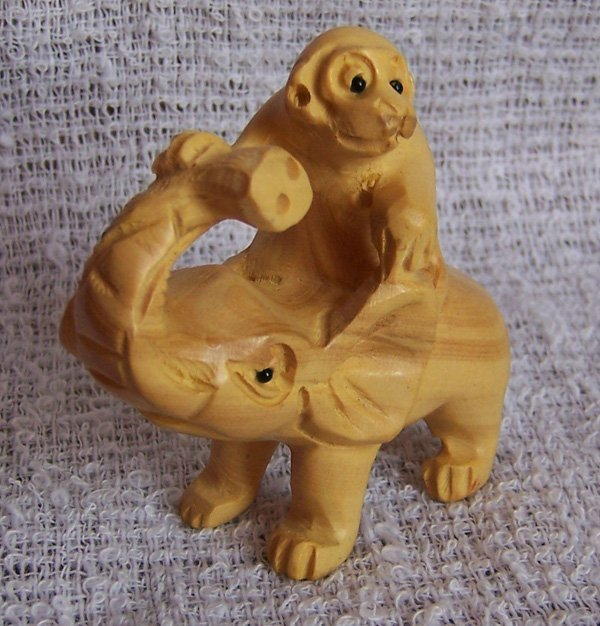 2: Boxwood Hand Piece
