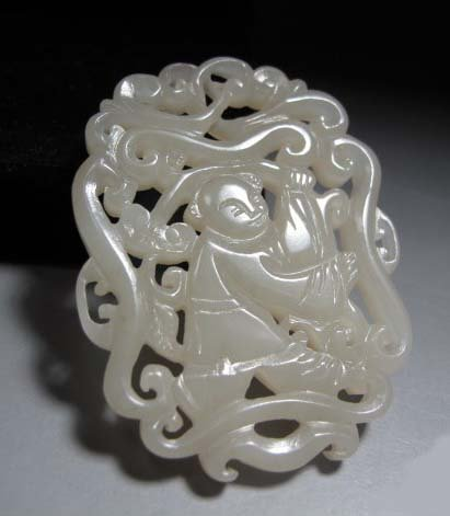 Qing Dynasty Hetian White  Jade With Nice Carving