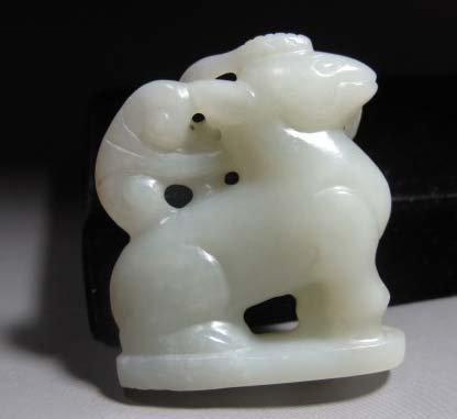 Qing Dynasty Hetian Jade Deer with LIngzhi by Mouth
