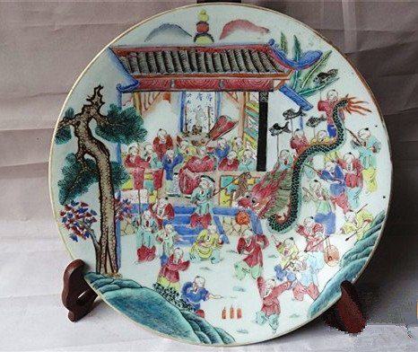 A Big Antique Famille Rose Antiques Painting Plate