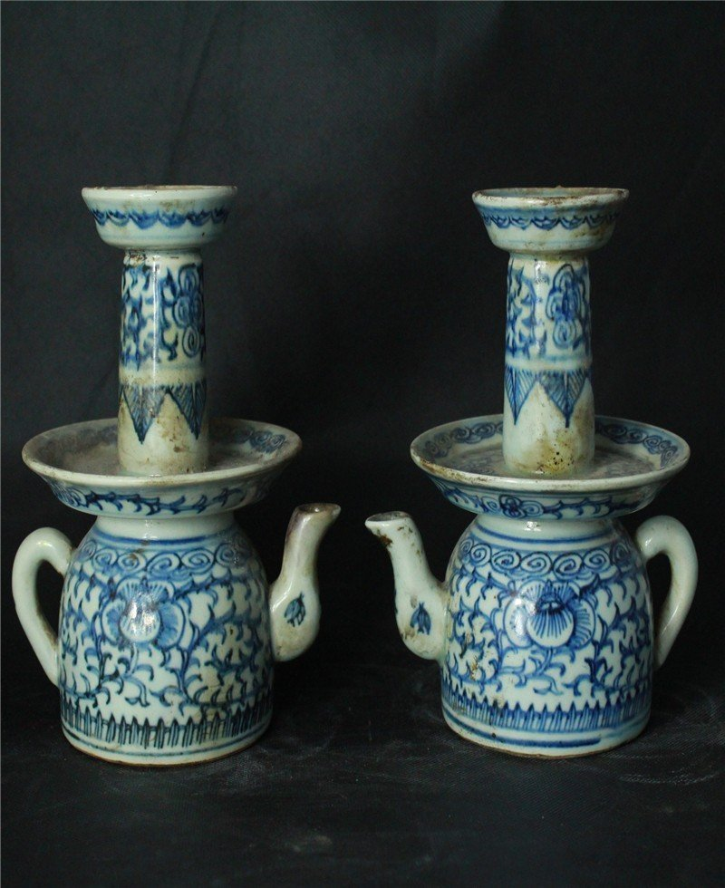 One Nice Pair Chinese Blue and White Oil lamps