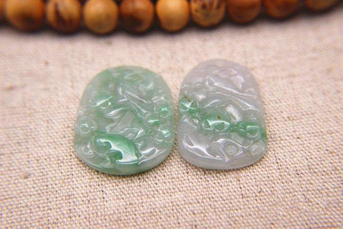 Two Nice Qing Dynasty Nature Jadeite Pendants - 3