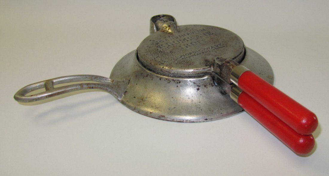 Nordic Ware, Scandinavian Krum Kake Iron