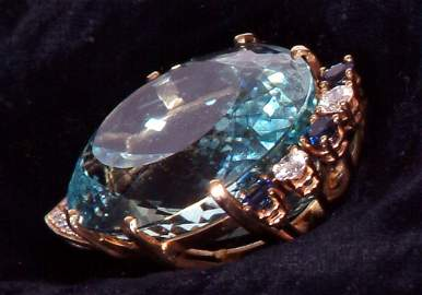 174: Gorgeous 112 Carat Aquamarine in 14K Gold Setting