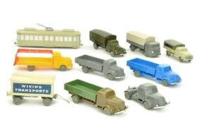 Konvolut 10 unverglaste Modelle