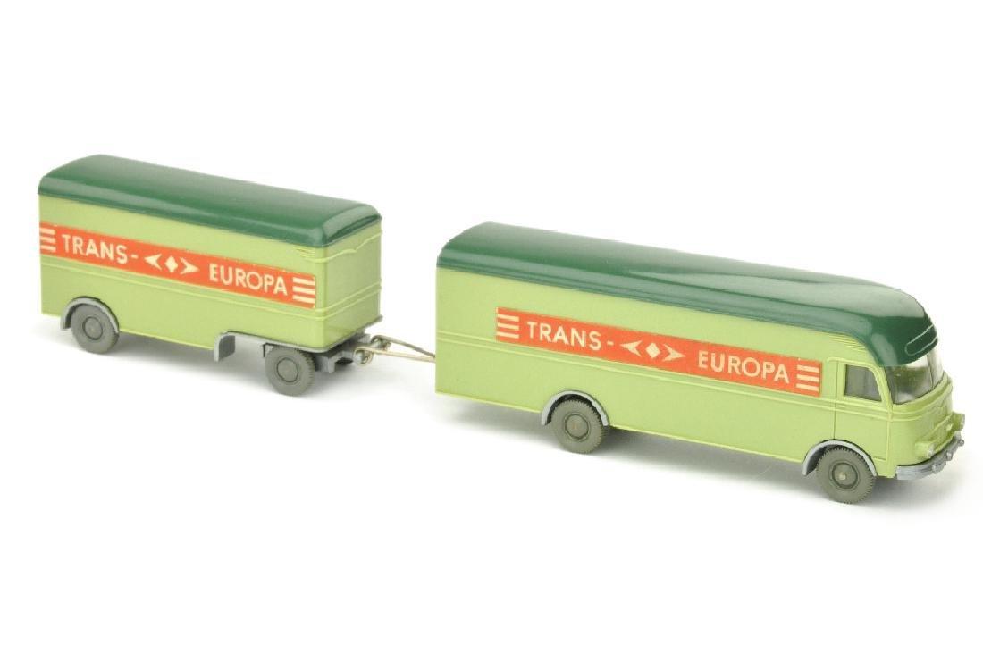 Moebelzug MB 312 Trans Europa, lindgruen