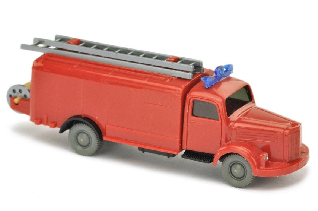 Spritzenwagen MB 3500, rot/schwarz