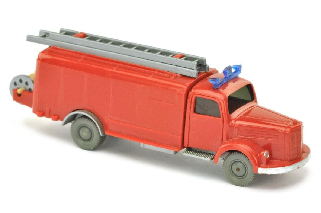Spritzenwagen MB 3500, rot/silbern