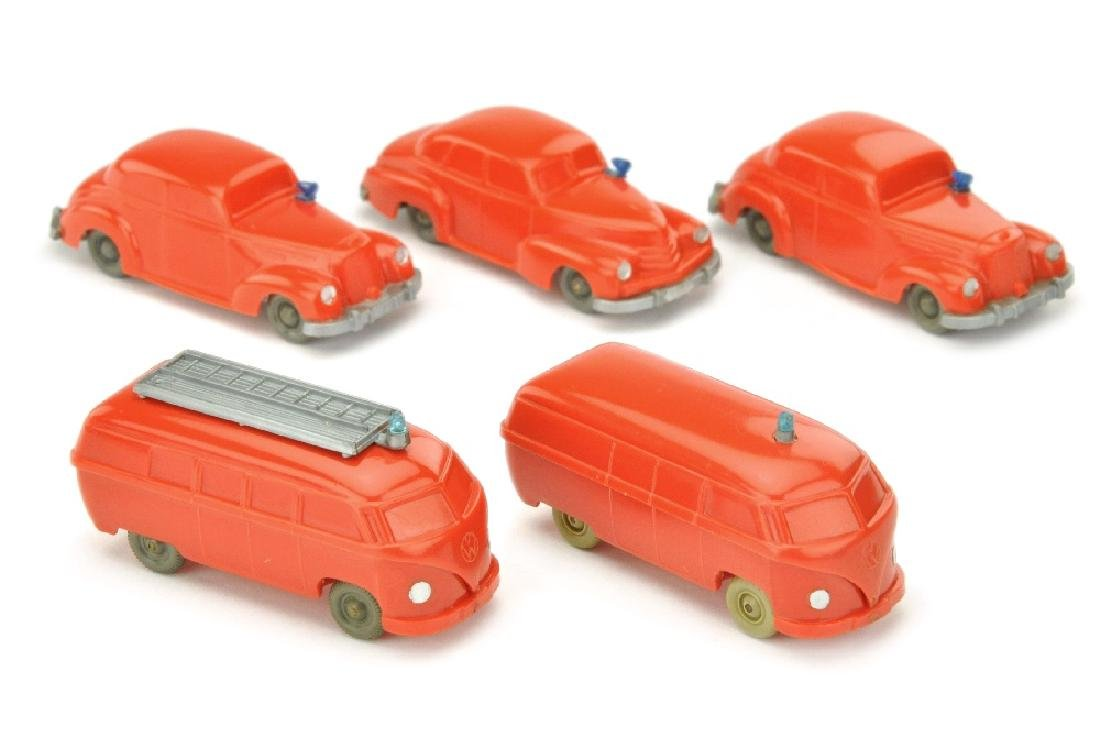 Konvolut 5 unverglaste Feuerwehr-PKW